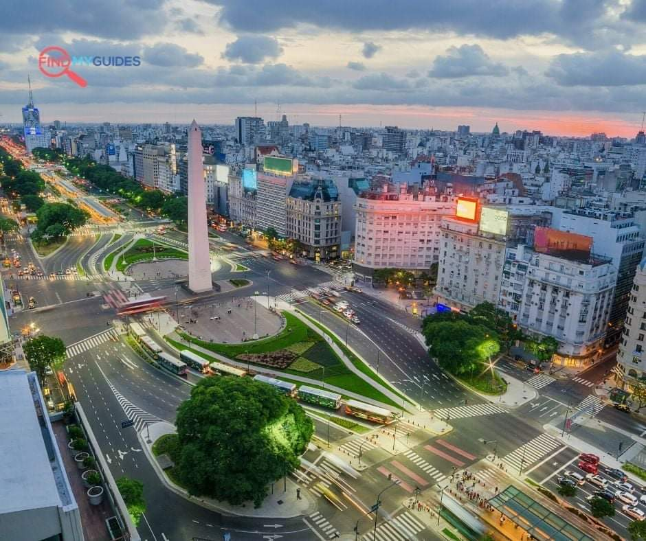 Buenos Aires combines faded European grandeur with #latin passion. Sexy and alive, this beautiful city gets under your skin !  Check our tours online ! #Argentina #BuenosAires #travelphotography #Travel #holidays #Local #Original #adventure #foodtour #guide #biketour pic.twitter.com/z05mwTx3zR