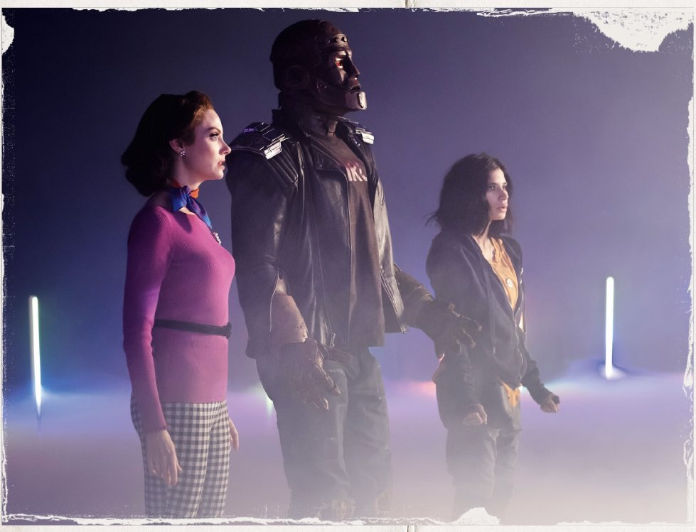 doom patrol season 2 movie poster