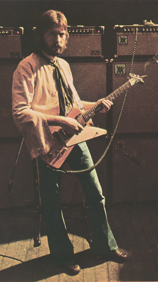 Eric Clapton's 1958 Gibson Explorer currently owned by Joe Bonamassa #guitar pic.twitter.com/gUFwz5wMJ8