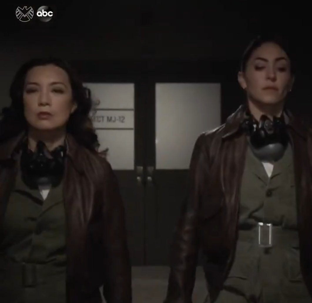 MY GIRLS ON MISSION TOGETHER.  #Mayo #AgentsofSHIELDpic.twitter.com/DFaGb3iSSA