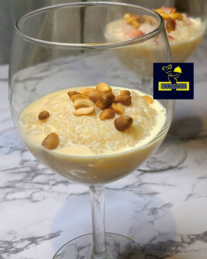 Tapioca pudding with roasted peanuts  Team tapioca , alors lait concentré sucré ou non sucré ?! Tapioca zogbon  #tapiocapudding #tapiocadelícia #tapiocaria #tapiocazogbon #atlanta #africanfoodyummy https://instagr.am/p/CAbZsFmDCLw/ pic.twitter.com/epPDd4TykP