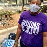 Image for the Tweet beginning: BREAKING IN HOUSTON! Houston airport workers