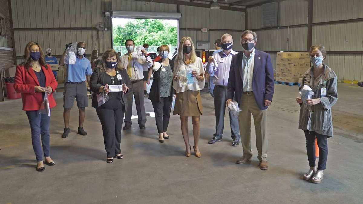 Phoebe Foundation is donating 50,000 masks to ensure people in Dougherty County are protected. #PhoebeFamily members got a tour of the Hope Center during a mask distribution event today. Read more here: https://t.co/eqYcxxPRi0 #MaskUpAlbany https://t.co/hNXX9eCOOo