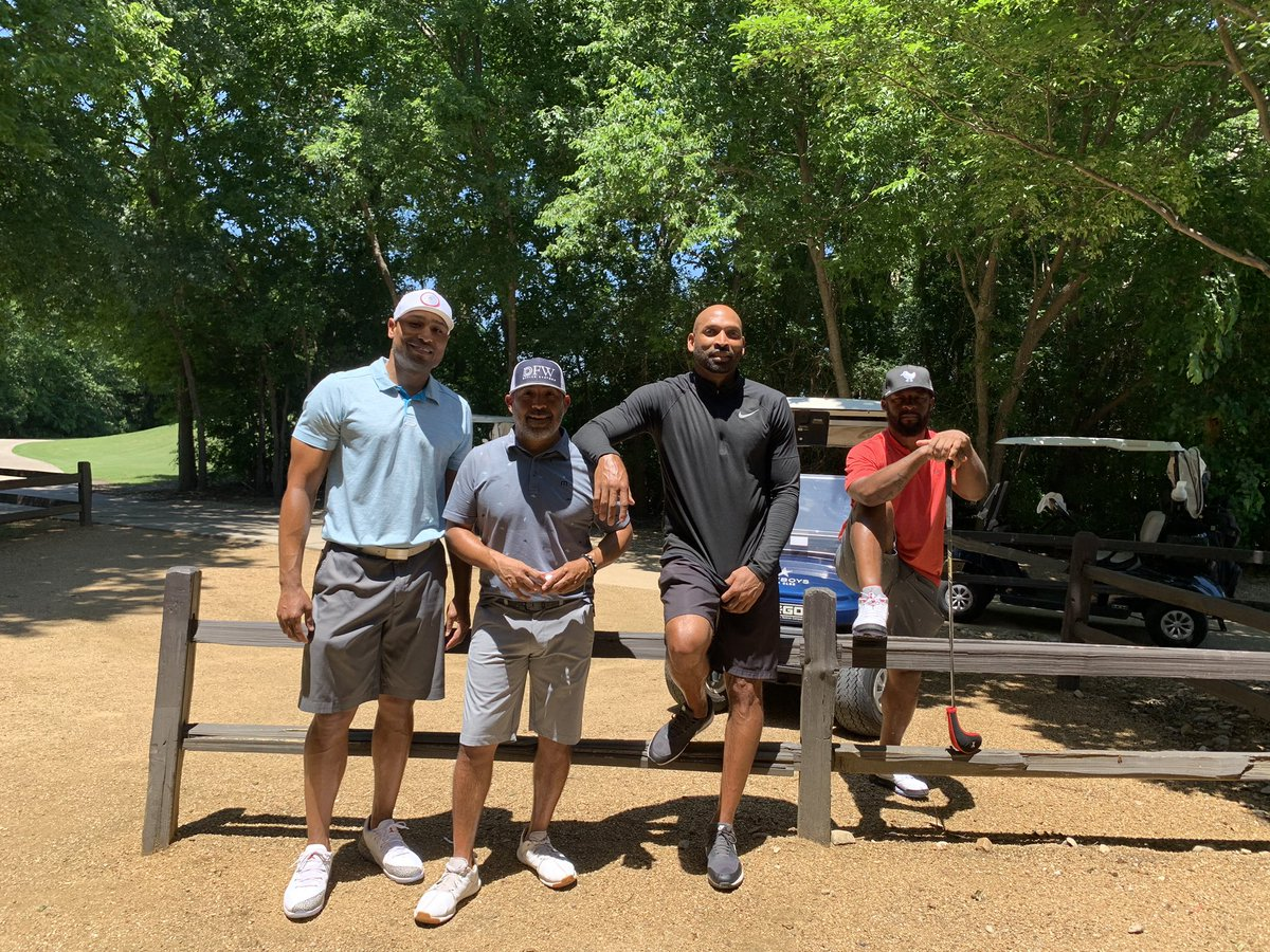 When your ex teammates come to town you find a way to enjoy the day! @ogxfactor82
