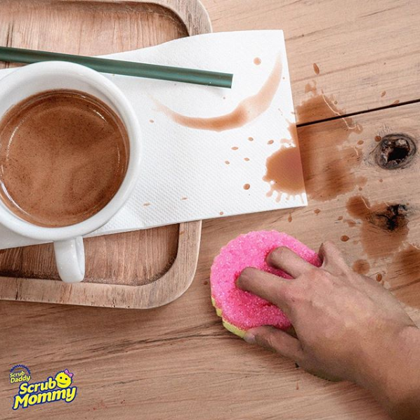 #StayAtHome Tip  Hands up if this has happened while working from home?  Don't worry, Scrub Mommy's ResoFoam side is super absorbent and resists stains and odours too #ScrubMommy #ScrubDaddy #WFH #WorkFromHome #Qurantine #Hinching #Hinchers #MrsHinchpic.twitter.com/1Qdru4I0Ji