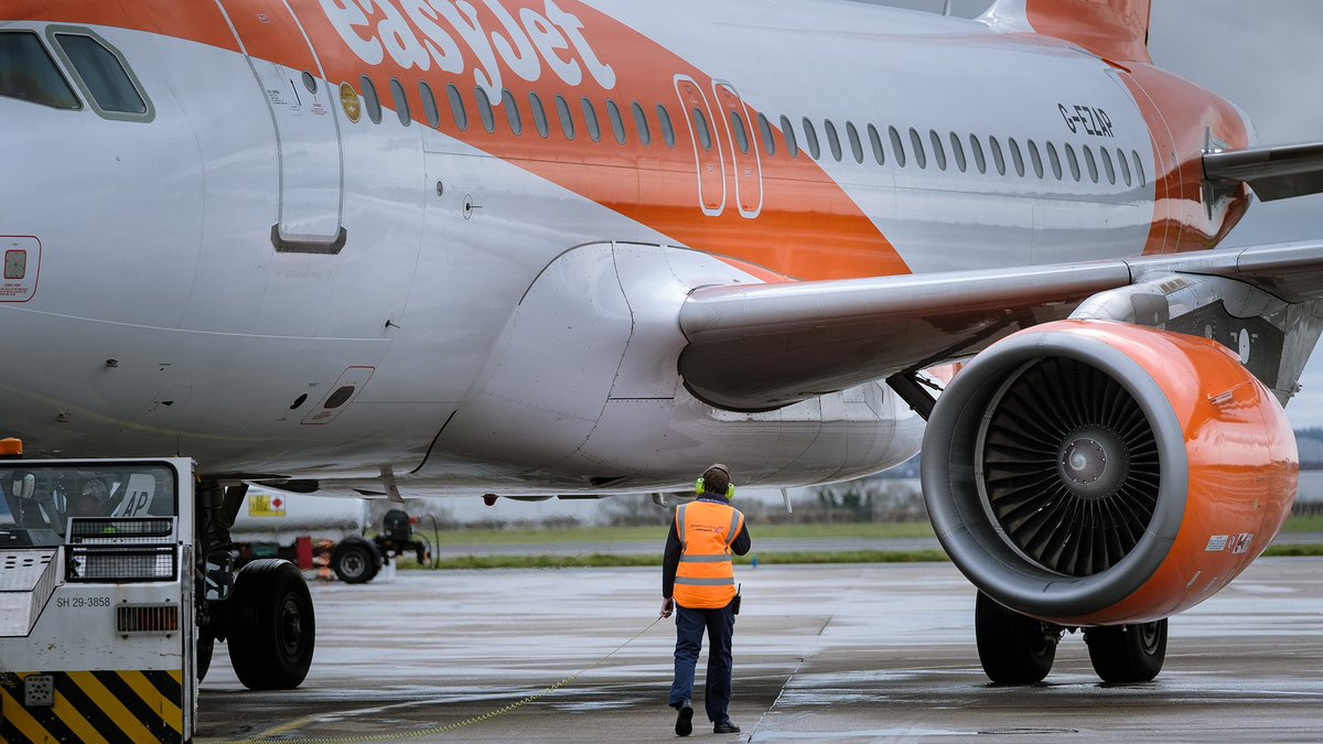 More good news - @easyJet have today announced a return to flying from 15 June, with a small number of mainly domestic flights including departures from Liverpool to Belfast and the Isle of Man https://t.co/Nek5cBHsP3