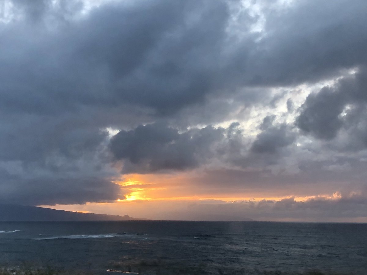 test Twitter Media - Cooling and cloudy on the north shore. #CMWeather #Maui #Sunset #NorthShore #MauiNokaoi https://t.co/hho1oC9TMp
