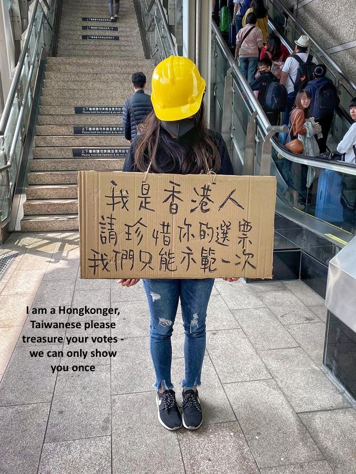 """Hong Kong has shown to Taiwan that autonomy & #1Country2Systems areCCP's pathetic lies CCP even dehumanizes #HongKongProtesters with genocidal languages like """"virus""""/""""cockroaches"""" revealing's intent of """"taking the island but not the people"""" pic.twitter.com/wLHTSha6B3"""