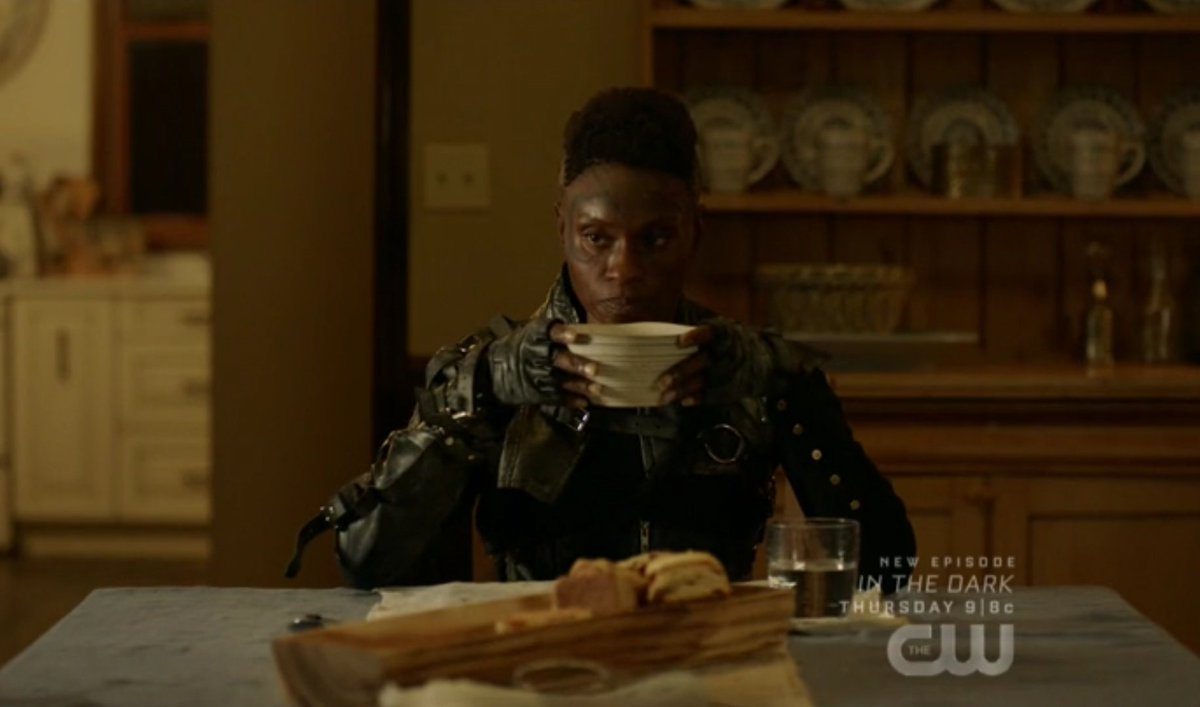 Indra for the whole episode SHUT UP AND LET ME EAT THIS SOUP #the100 <br>http://pic.twitter.com/vkfbrmhH76