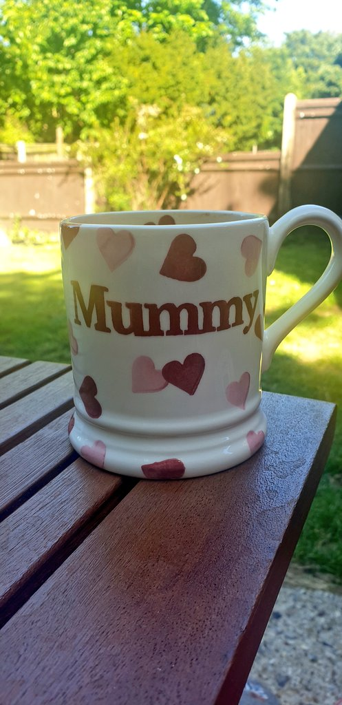 A well earned cup of tea for myself this afternoon in my favourite mug. Although Harry isnt here its nice to remember you are still a mummy even if he was stillborn #MentalHealthAwareness #KindnessMatters #babyloss #stillborn #babylossawareness