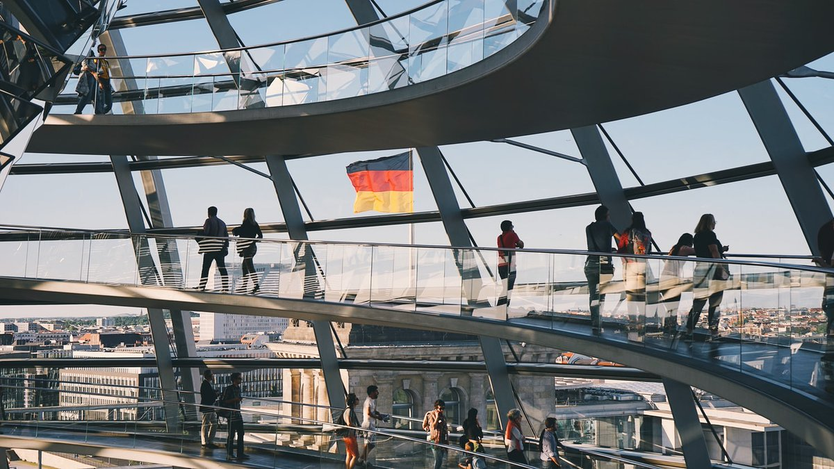 Apply now! 🤩 Do you think you could be the next winner of the AGA-Goethe #Fellowship?  Are you an #Australian citizen under 35 who would like to undertake a research project in #Germany?  Visit 👉 https://t.co/B22ZIgVlzr @GI_Australien #studyingermany #learngerman #funding https://t.co/Vjs0dDSvN8