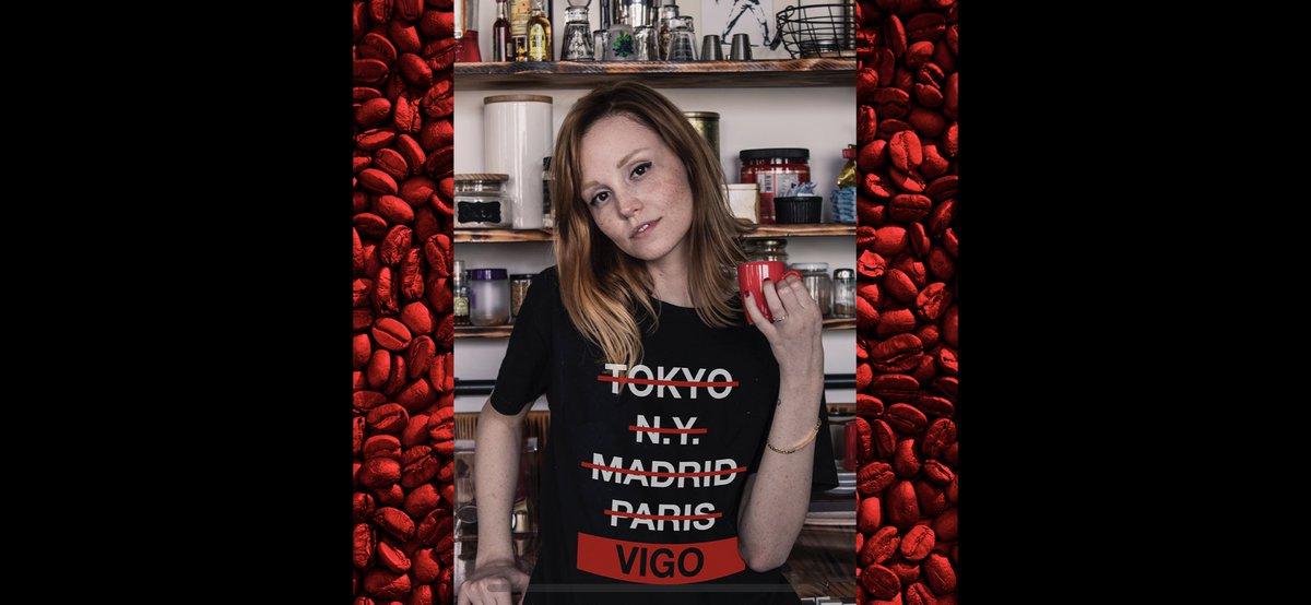 Menciona a ese amigo con el que estás deseando quedar para tomarte un café ☕️, ponerte al día y de paso enseñarle lo bien que te queda la camiseta de Mr Mayor 🤩 #AlgodonOrganico #OrganicCotton #ModaSostenible #Vigo #VigoMola #VigoCity #Galicia #Galifornia #ViguesesPorElMundo