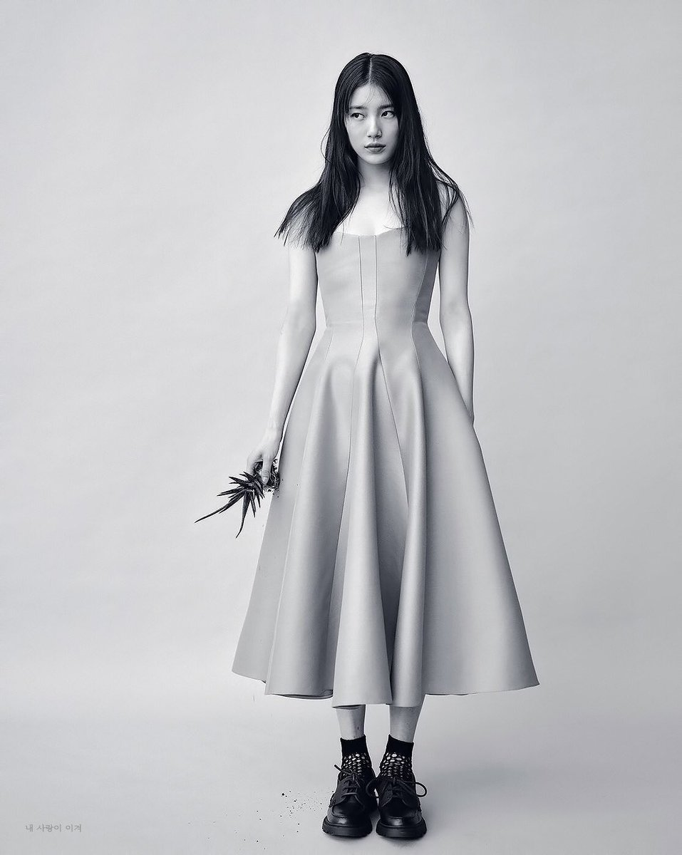 suzy for vogue <br>http://pic.twitter.com/vxuxpd3WYO