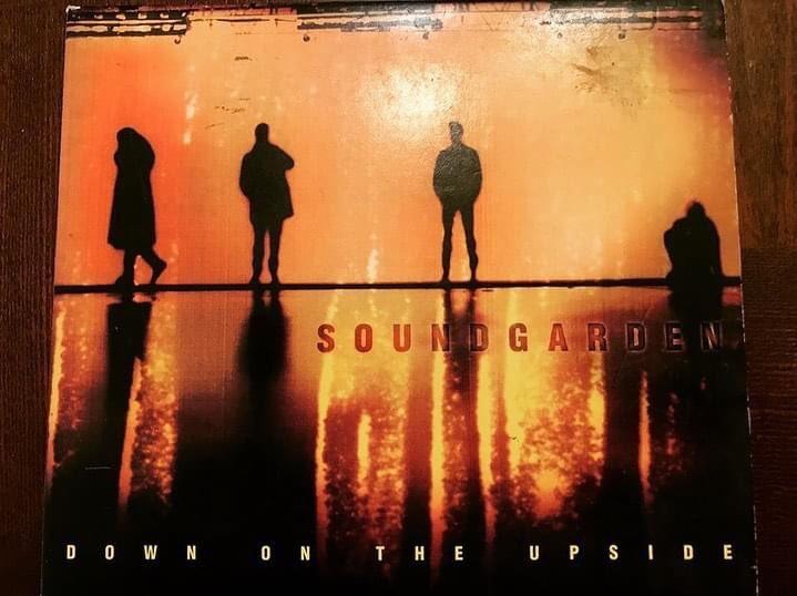 Happy 24th anniversary to one of the best Soundgarden albums... The amazing Down On The Upside!!   @soundgarden @chriscornell  #soundgarden #downontheupside #chriscornell #kimthayil #benshepherd #mattcameron #grunge #onthisday #grunge #90sgrunge #grungemusic #90s #seattle #rock https://t.co/D1JOQV5ziS