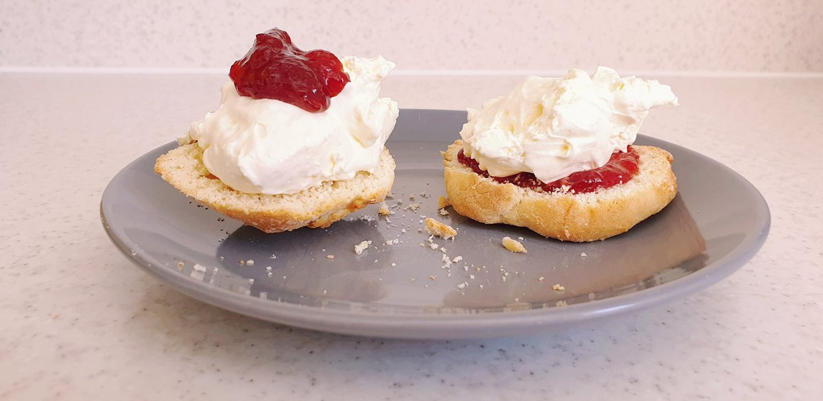 How do you eat your scone?   - cream first  = jam first<br>http://pic.twitter.com/6sLOEADqAR