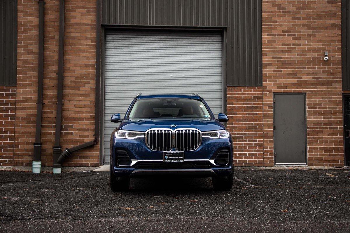The ultimate driving machine #BMW #X7 #xDrive40ipic.twitter.com/0NG1T0irJp