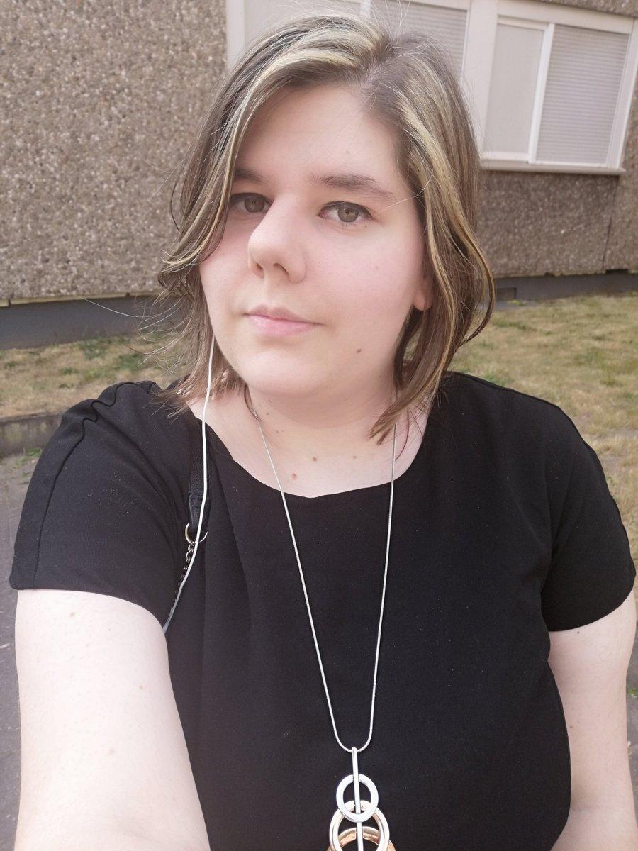 New hair <br>http://pic.twitter.com/nOX95PyU5d