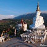 Image for the Tweet beginning: Wat Prathat Phasornkaew in Khao