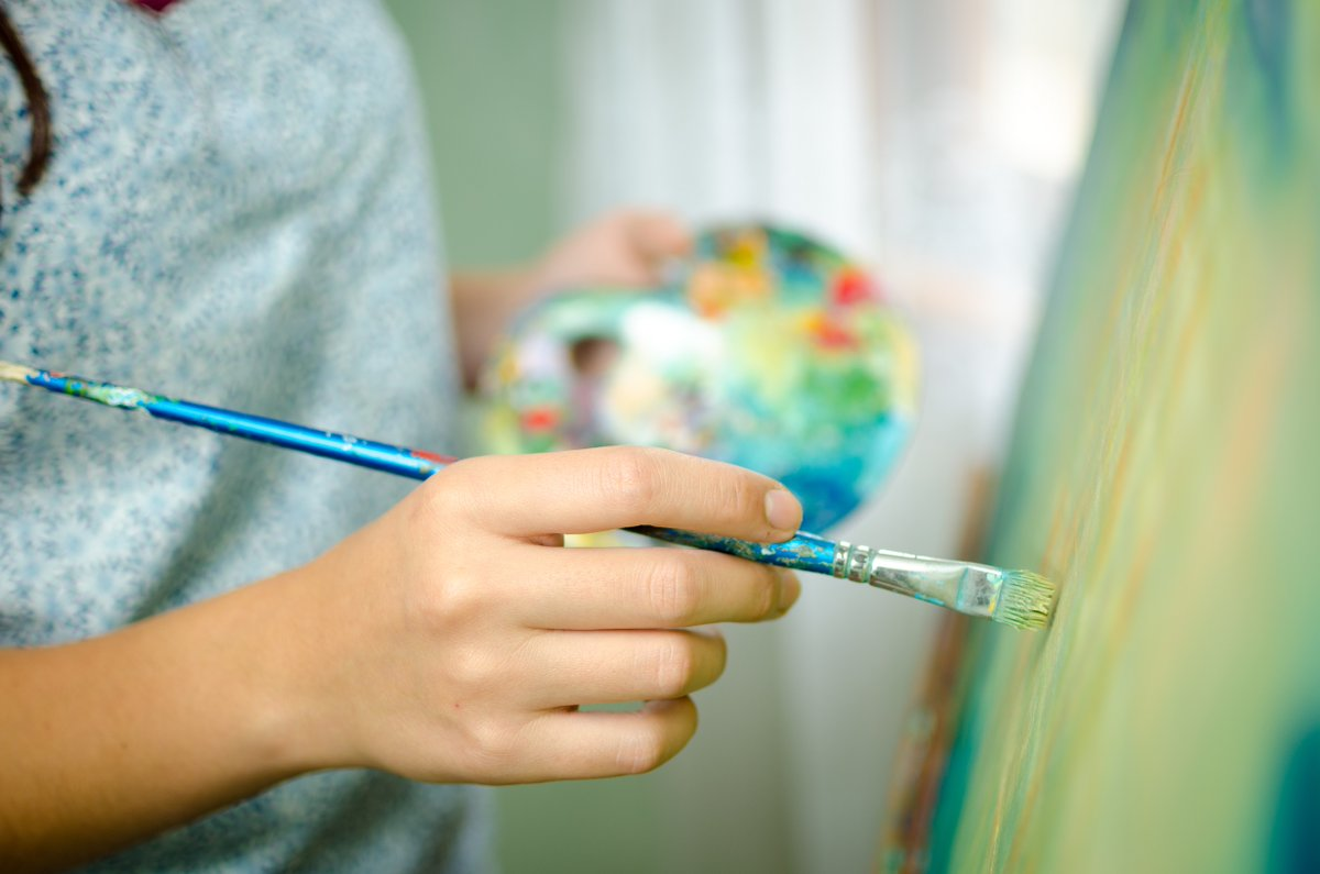Focusing on your favourite hobby 🎨🖌️ Learning something new 🎓 Simply taking time to relax indoors 🏠 ✅ Are all great ways to get relief from anxious thoughts & boost your mood this #MentalHealthAwarenessWeek Browse @Norfolklearn courses: norfolk.gov.uk/adultlearning
