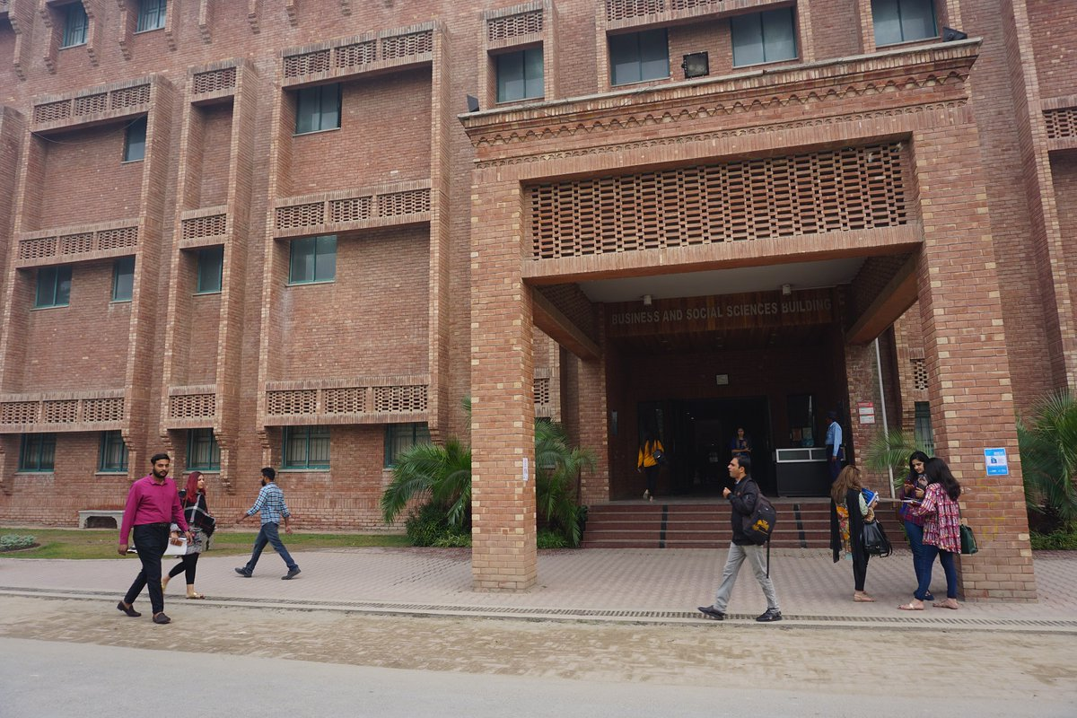 Forman Christian College @FCCollege in Lahore, Pakistan, has deep @Presbyterian roots. The university is deeply dedicated to providing education - even in a pandemic. More: https://t.co/NpOw9nh05P #PCUSA #Pakistan #FCC #FriendsOfForman #COVID19 #Pandemic  Photo from Nov. 2019 https://t.co/SRPB8AmxP8