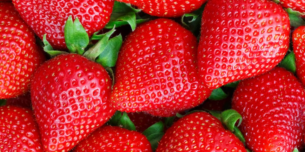 #DidYouKnow Strawberries are rich in vitamin C, potassium, folic acid, and fiber. These are all essential nutrients that support the body's daily functioning.🍓 https://t.co/W26arhInKE