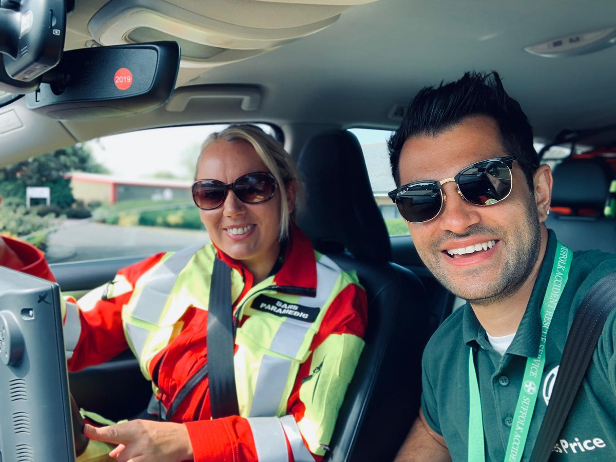 SARS #volunteers CCP Jemma and Dr James out on shift. The team were 1st on scene at a trauma incident. Pleased to report patient doing well + on route to hospital #suffolk #charity pic.twitter.com/ML0OMiJdyB