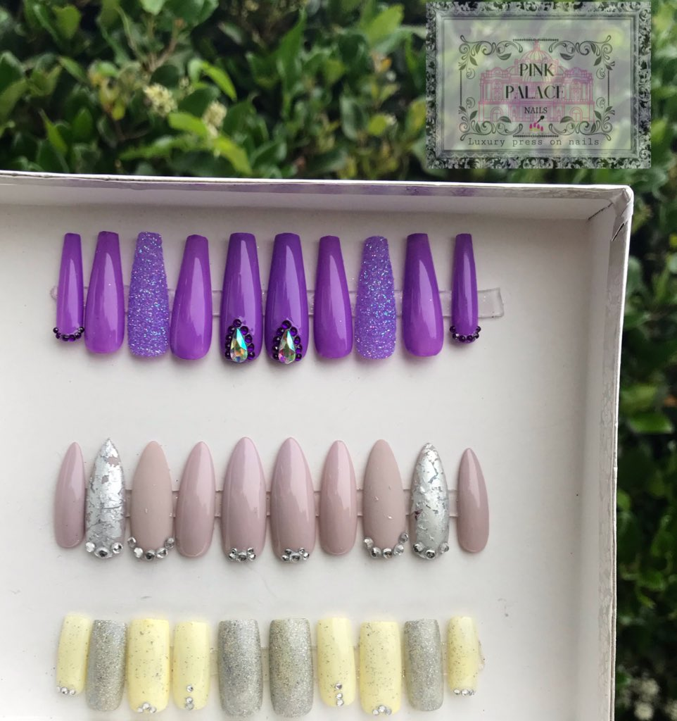 All Size Small !!!.                #LoveNails #set #glitter #coffin #almond #square #New #comingsoon #share !!!!pic.twitter.com/yb4RoWKuwf