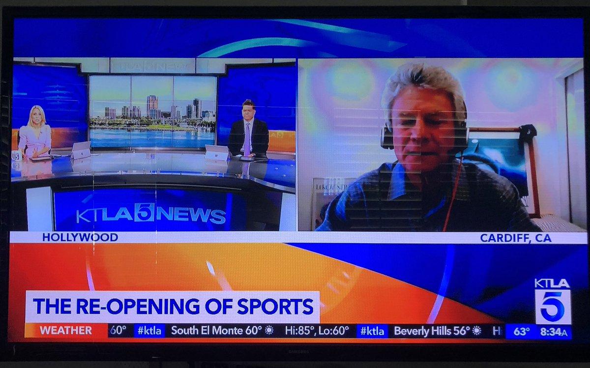 Jay Paris great  job talking sports this morning on KTLA . @jparis_sports https://t.co/9rbUgPxEJb