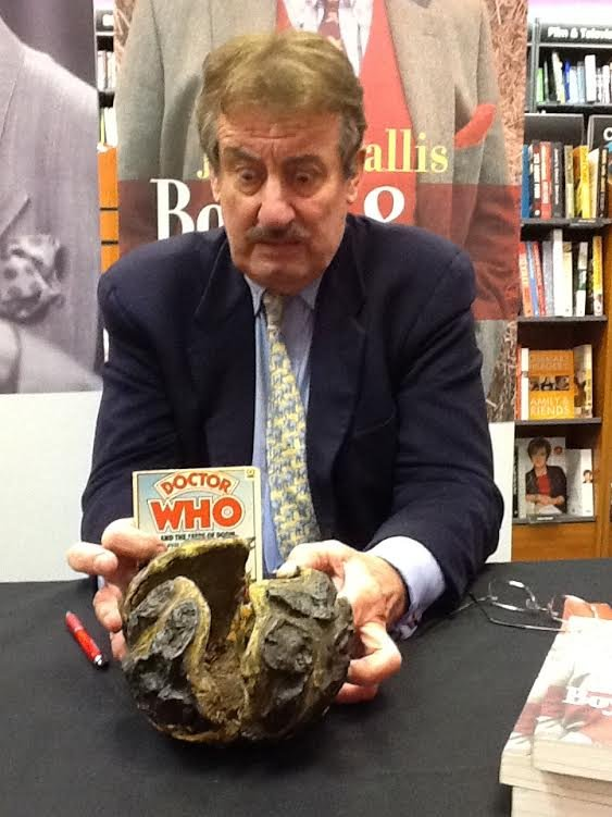 😆 Great message from @BeingBoycie to the @Theatrepaignton Remember to watch out for those Krynoid pods! #DoctorWho @ace_southwest @TNLUK twitter.com/Theatrepaignto…