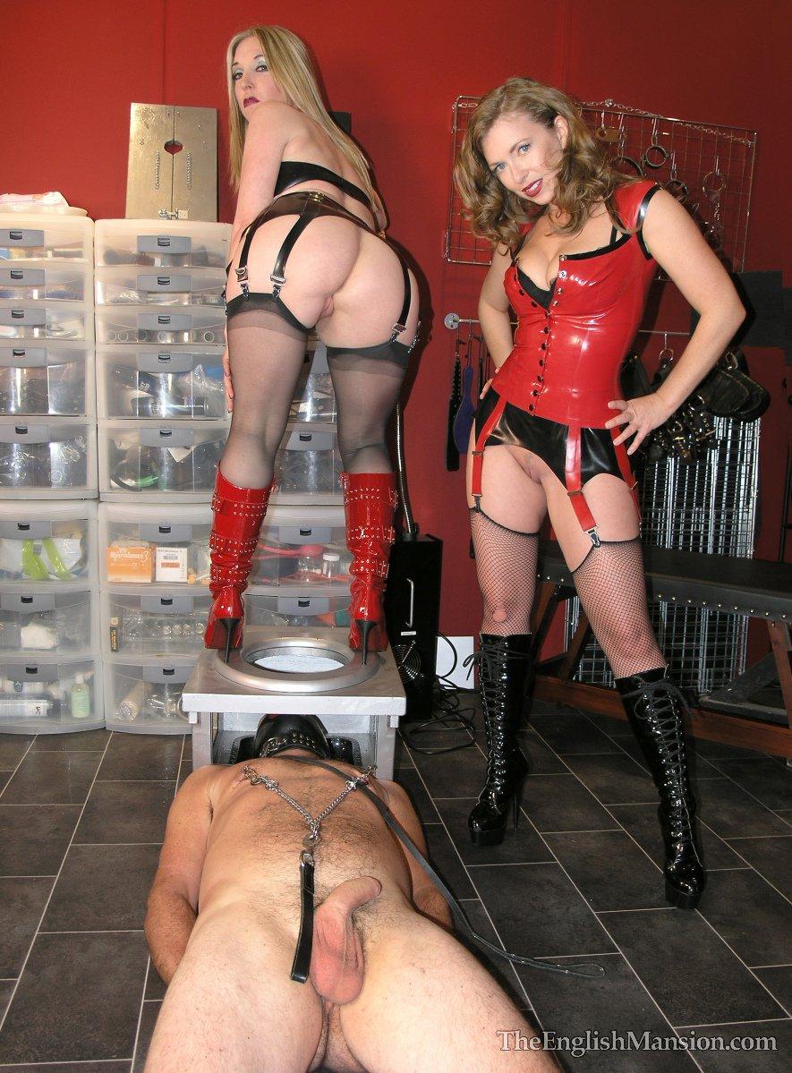 Mistress anna femdom studio