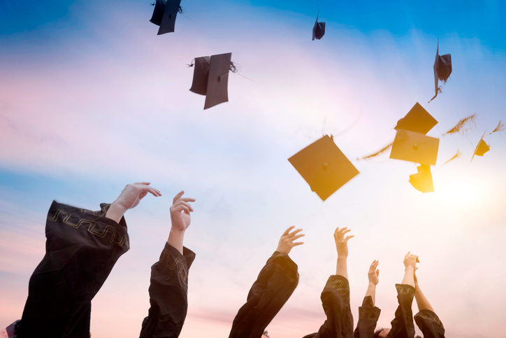 Get 3 tips for student send-offs amid #COVID19: bit.ly/2WPu3Pt (Member content) #Graduation2020
