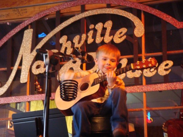 #TBT to performing at The Nashville Palace - where I found my love for music 🎤