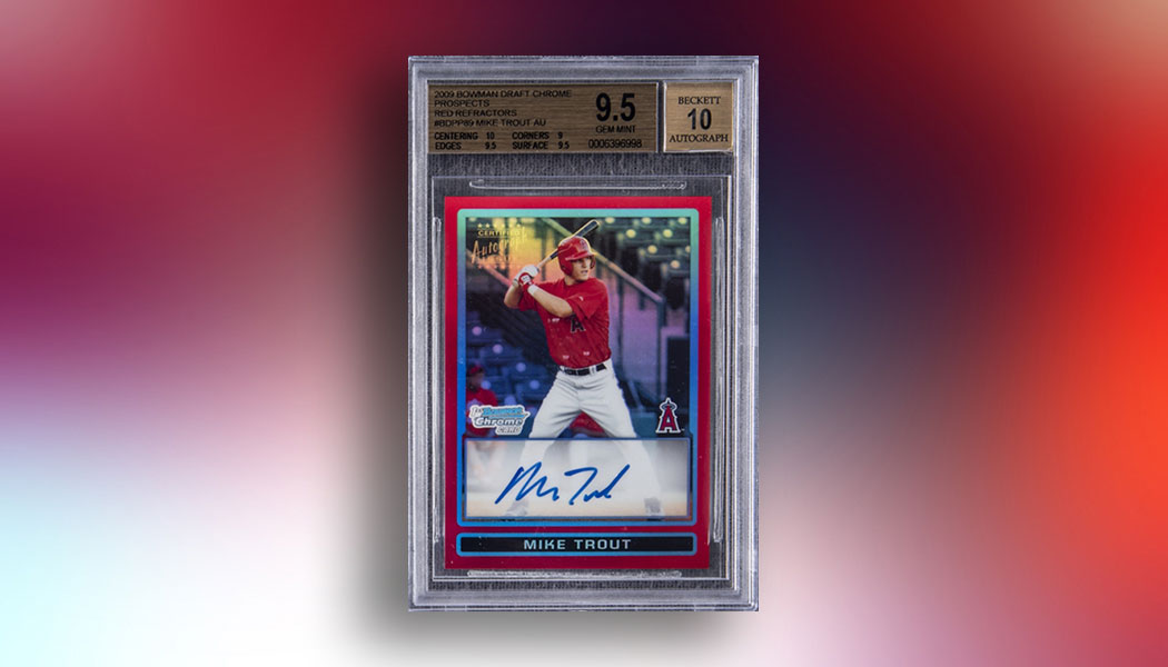 2009 Bowman Chrome Mike Trout Red Refractor Autograph Sells for $900,000 dlvr.it/RX6Kfj