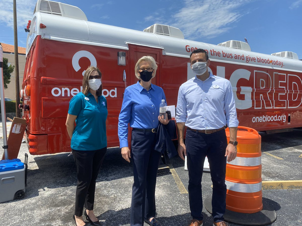 THANK YOU to the @TampaYMCA for not only organizing today's @my1blood blood drive, but also supporting our community in this difficult time through emergency relief care, the Veggie Van, free school supplies, virtual literacy programs, virtual fitness resources & more! https://t.co/rIcAExMVI0