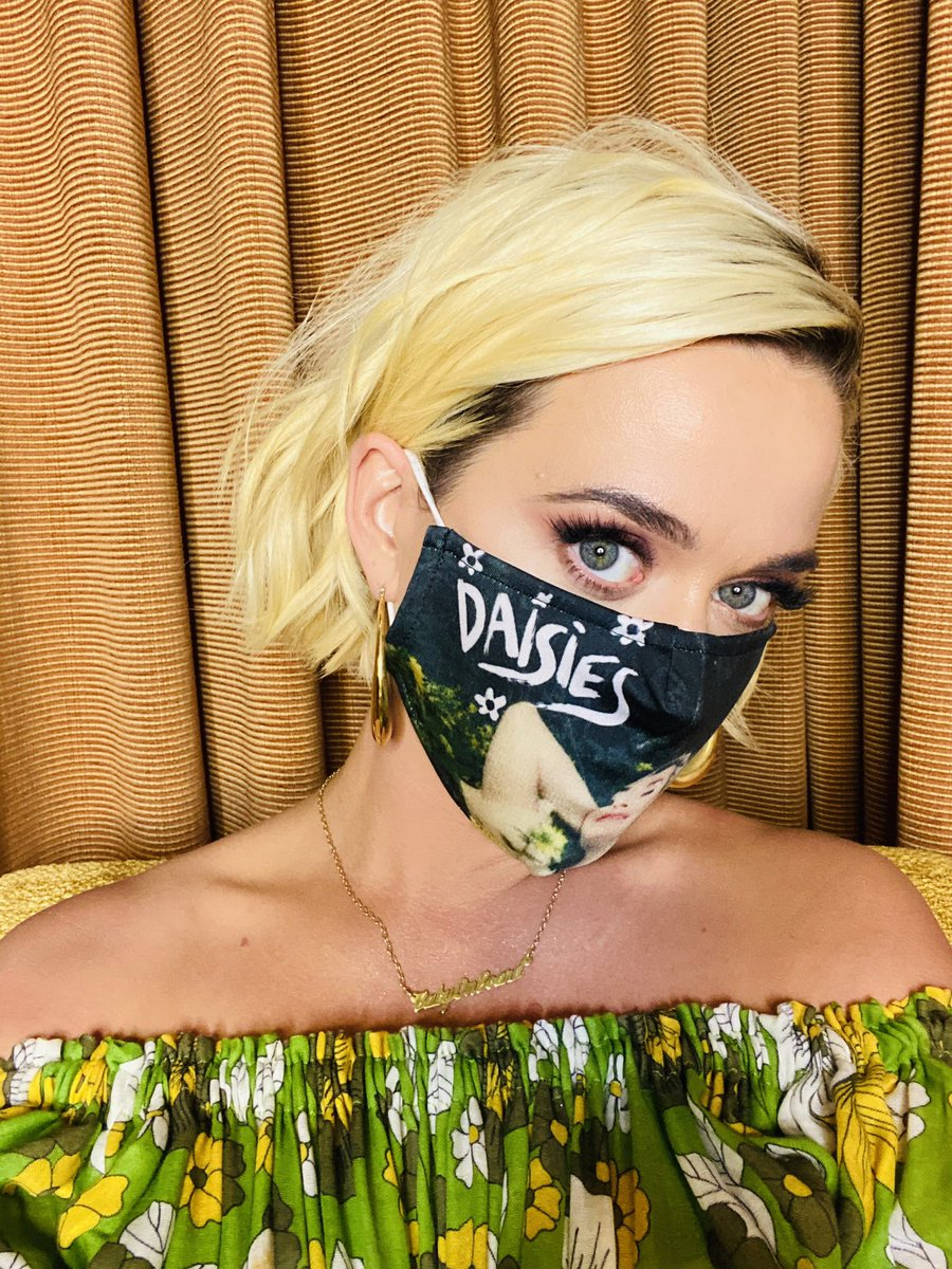 Are you into: following the rules ✅ #Daisies 🌼 promo ✅ supporting a worthy charity ✅ Check out https://t.co/h6XKs67FYc 🤗 for Daisies merch, including this face mask, whose proceeds all go to @DirectRelief 🙏🏼 https://t.co/S7OPHyHMFu