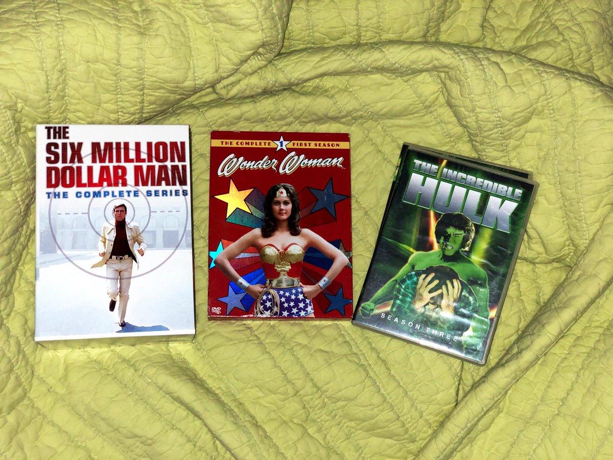 Retro-Rainy-TV Day. #SixMillionDollarMan #LeeMajors #WonderWoman  #LyndaCarter #TheIncredibleHulk #BillBixby #LouFerrigno #rainyday #Retro #StayAtHome  <br>http://pic.twitter.com/fHwKiVTXyR