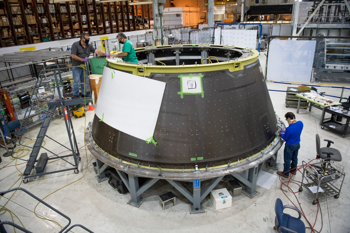 Production resumes at @NASAs Michoud Assembly Facility in New Orleans, Louisiana. @LockheedMartin technicians are working on spacecraft components for the Artemis II mission - Orions first crewed flight around the Moon.