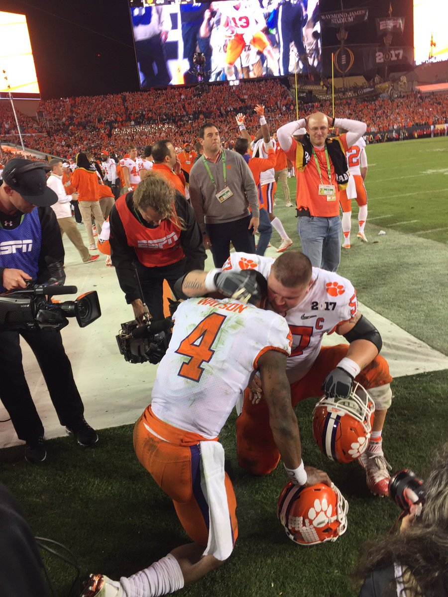 One of the most powerful moments I've witnessed on a sideline. This was when it started to sink in for @deshaunwatson that @ClemsonFB had won #TheRematch. He'd fought so hard and was overcome with emotion. #CFBClassics #tbt