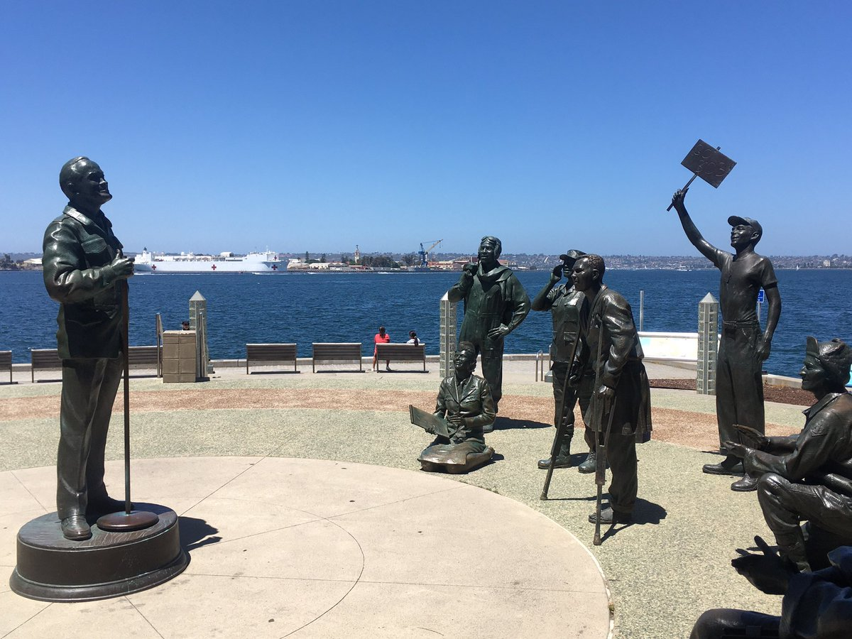 All these years in SD and first time popping into the Bob Hope Memorial. One of the nice things about not having a lot of people out and about is seeing a bit of downtown without lots of tourists.pic.twitter.com/NNjviv82wU
