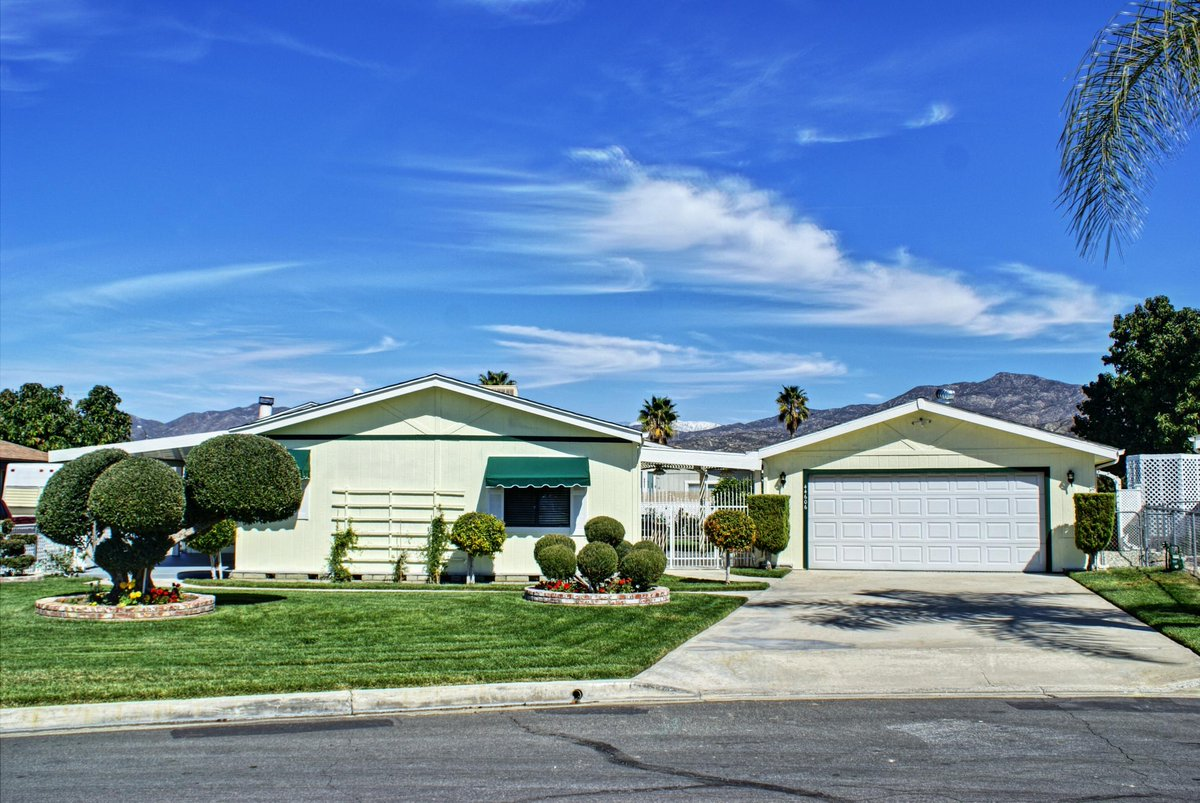 I would love to show you my #listing at 44606 Springwood Circle #Hemet #CA  #realestate http://tour.corelistingmachine.com/home/4HDM58pic.twitter.com/zFGxKenvv9