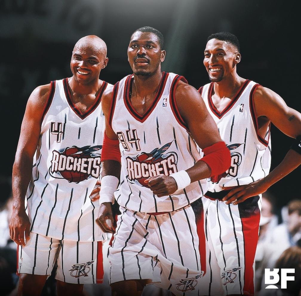 The Houston Rockets had Hakeem Olajuwon, Charles Barkley AND Scottie Pippen in 1998-99, and yet they still lost in the first round of the playoffs. https://t.co/dAxad09y7O