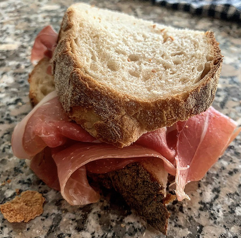 Goodmorning to you all Panino w Prosciutto crudo stagionato dolce #Food #Panino #FridayMorning  <br>http://pic.twitter.com/WxtXydW5lD