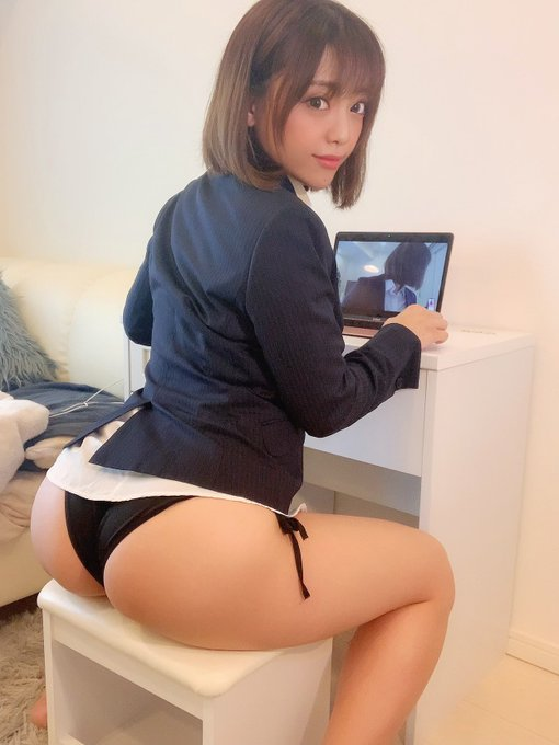 グラビアアイドル石川あんなのTwitter自撮りエロ画像2