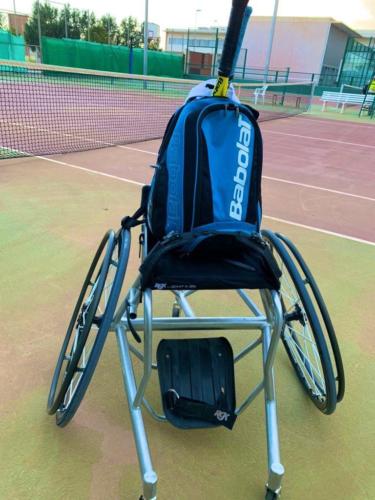 Muy feliz de volver a estar #BackOnCourt. ¡Ahora Pasico a Pasico toca volver a disfrutar del tenis con la #BabolatFamily! ¡ Como te he echado de menos 🎾 ! #Familia #babolat @babolat https://t.co/lBiqxPTlm9