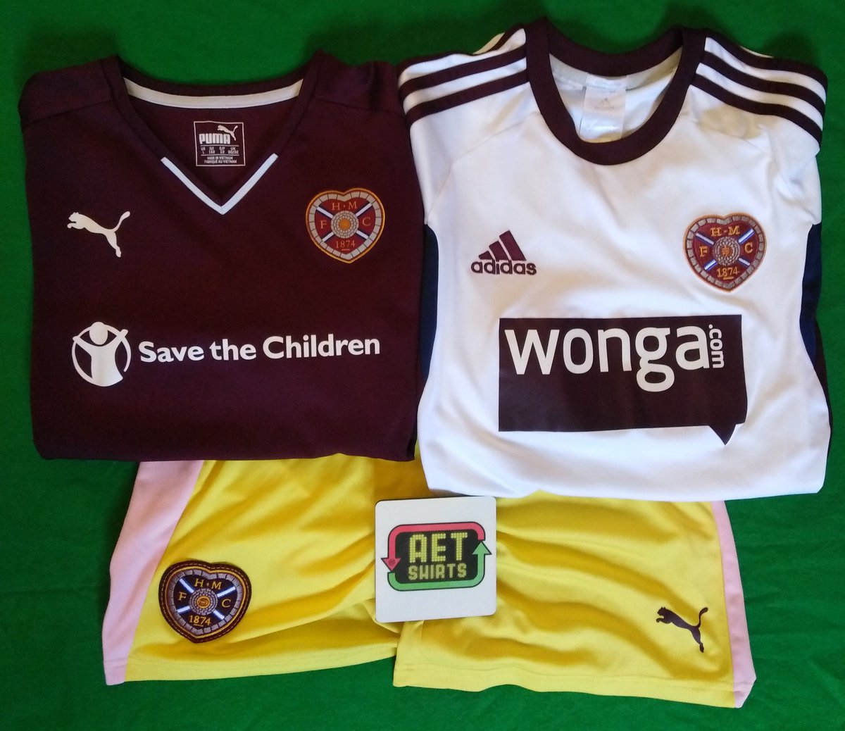 Kids Packs AVAILABLE NOW ♻️ Each pack contains shirt bundle shown below plus football memorabilia - stickers, cards, corinthian! £25 Delivery included ☑️ DM for info ⚽