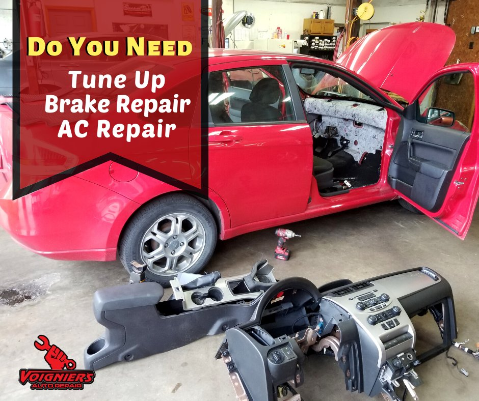 Trust your vehicles repairs to professional mechanics! We can help solve your vehicle problems, and get you back on the road.  Let us be your first call for your auto repair needs! Call Us: (812) 283-6215 #carrepair #autorepair #mechanic #mechanicshop #enginerepair #carproblemspic.twitter.com/HTOPwQr8Wa