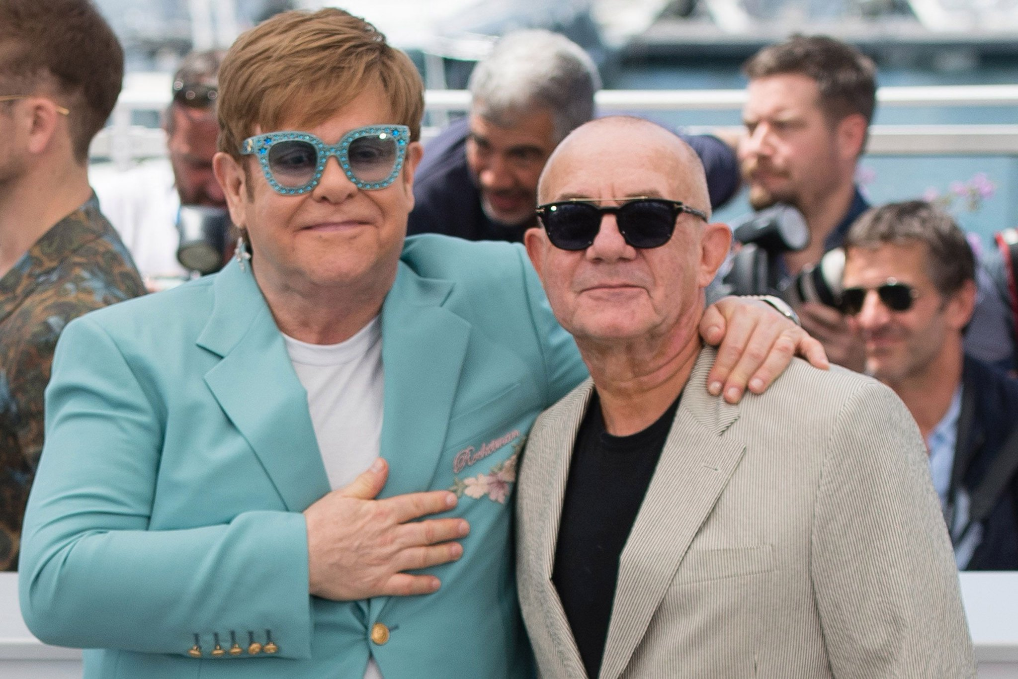 Happy Birthday to Elton John s long-term writing partner Bernie Taupin, he s 70 today!