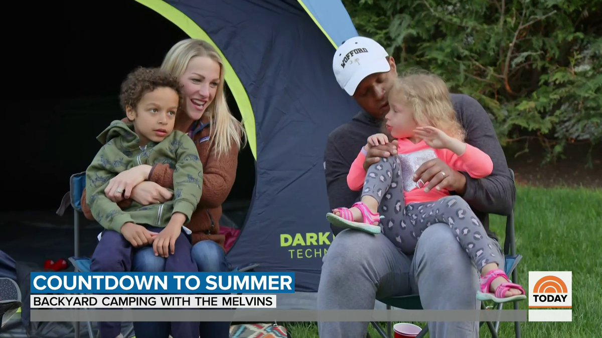 .@craigmelvin and his family geared up for a campout in their own backyard! ⛺