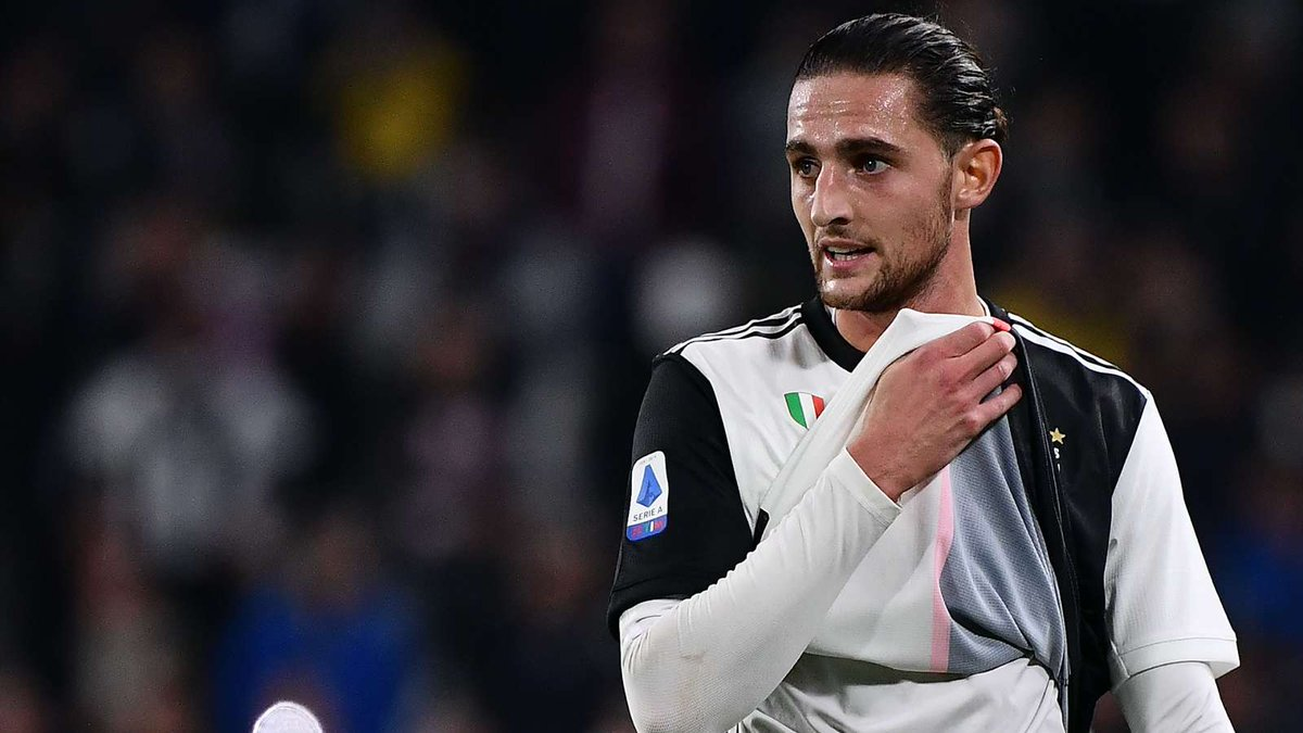 Arsenal have opened talks with Adrien Rabiot over a possible switch to England. Everton are also interested in the Juventus midfielder, who is said to be unhappy in Turin and looking for a way out. (Source: Le10 Sport)
