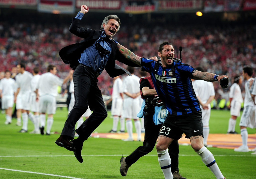 It's a decade since Jose Mourinho led Inter to an unforgettable treble triumph.  But how do the 2009-10 Nerazzuri compare to the other sides The Special One has put together over the years?  Here's @PeterHanson89's verdict:  📎 https://t.co/p0gwTxxwfh https://t.co/29VqRKbAqR